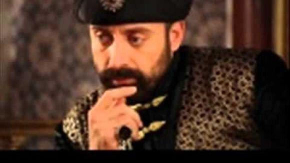 INTERVIU cu HALIT ERGENC, protagonistul din « Suleyman Magnificul - Sub domnia iubirii », despre casatoria cu Berguzar Korel
