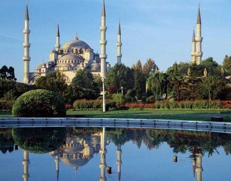 CONCURS - Urmareste la Kanal D serialul Suleyman Magnificul - sub domnia iubirii intra pe pagina de Facebook Imi plac serialele turcesti si poti castiga un city break pentru 2 persoane in Istanbul