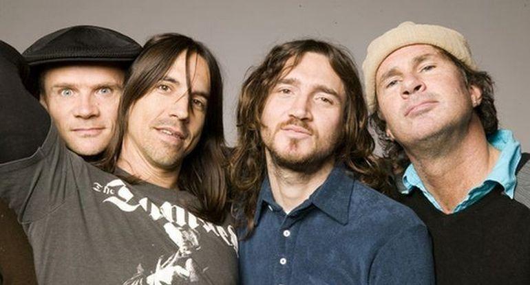Red Hot Chili Peppers canta vineri pe Arena Nationala din Bucuresti. Vezi aici tot ce trebuie sa stii despre concert