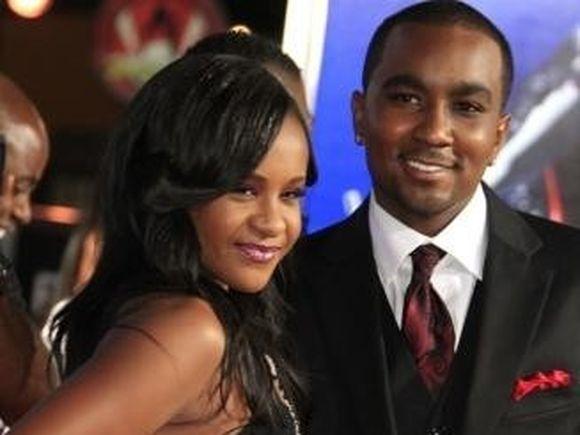 """Fiica lui Whitney Houston, ceruta in casatorie de """"fratele"""" ei"""