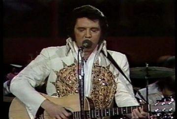 Se implinesc 35 de ani de la moartea cantaretului Elvis Presley!