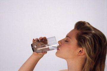 Remedii pentru sughit, apa in urechi sau balonare