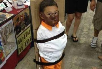 Parinti nebuni sau cu simtul umorului? Cele mai TRASNITE costumatii in care iti poi imbraca un copil! FOTO