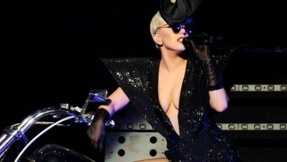 Concert Lady Gaga la Bucuresti: 55 de tiruri cu echipamente si un backstage de 50 de cabine