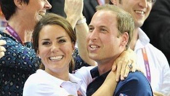 Sarutul care a isterizat planeta! Printul William si Kate Midleton, surprinsi in cea mai tandra ipostaza la Jocurile Olimpice