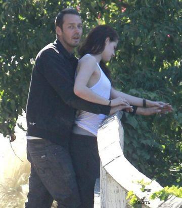 Momentele in care Kristen Stewart l-a inselat pe Robert Pattinson! Iata POZELE COMPROMITATOARE