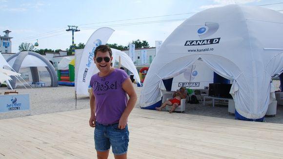 """""""Kanal D la Mare cautare"""" – emisiune in direct, de pe Plaja Kanal D Summer Studio"""