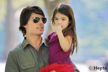 PLANURILE SECRETE ale lui Tom Cruise pentru a o pastra pe Suri, fiica lui, in biserica scientologica