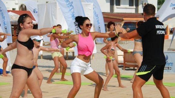 Weekend fierbinte pe plaja Kanal D Summer Studio! FOTO