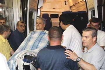 Fostul premier Adrian Nastase, vizitat in inchisoare de sotia lui si fiul cel mare