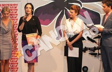 SURPRIZA: A facut-o de RAS! Reactia SPECTACULOASA a Andreei Marin la vederea Adrianei Nicolae. Vezi VIDEO