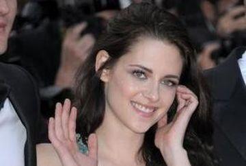 """Kristen Stewart, cea mai bine platita actrita potrivit """"Forbes"""""""