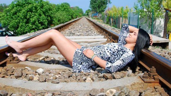 """Adelina Pestritu: """"In orice clipa putea sa treaca trenul peste mine"""""""
