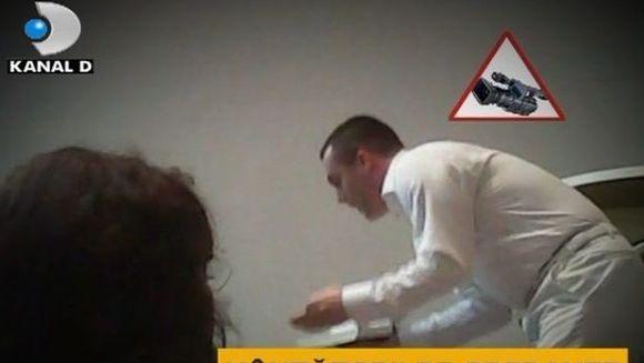 """Vindecari MIRACULOASE"" - Biserica Universala, locul in care se vand iluzii! VIDEO"