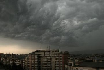 Meteorologii au emis o avertizare de FURTUNA! Afla zonele afectate in acest moment