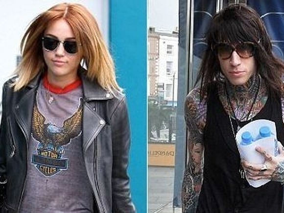 A mai gasit loc ! Fratele lui Miley Cyrus si-a mai tras un tatuaj in cap