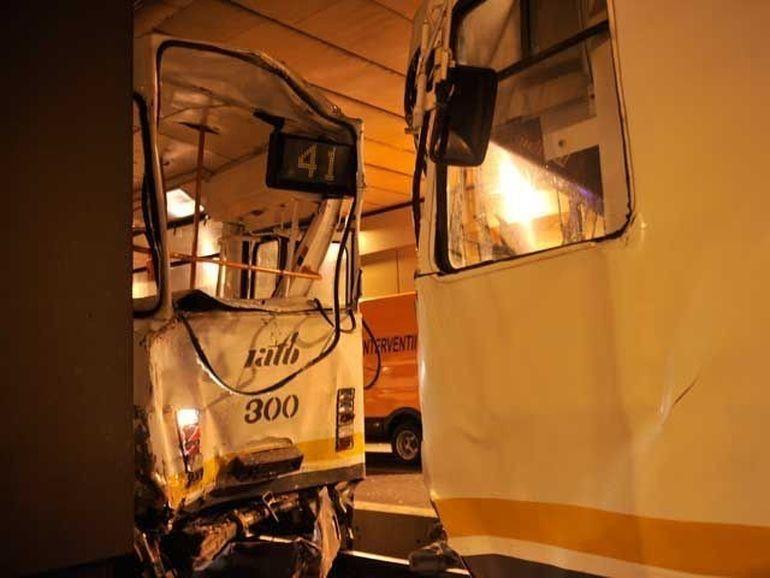 Tramvaiul 41, LINIA GROAZEI a Bucurestiului! Iata cate accidente a provocat metroul usor