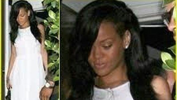 Rihanna SOCHEAZA din nou! A iesit la o intalnire dupa doi ani cu...