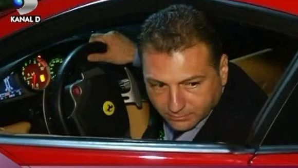 Cristian Sabbagh s-a lasat cucerit de roscata focoasa! VIDEO