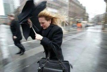 PROGNOZA METEO: In weekend ne asteapta VREME REA! Ploi, ninsori si vant puternic