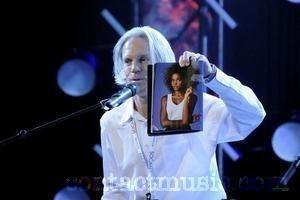 Mama lui Whitney Huston rupe tacerea despre moartea artistei