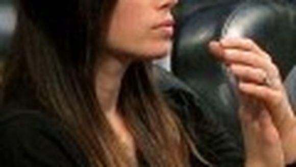 Afla toate detaliile despre inelul de logodna al Jessica Biel!