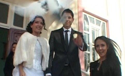Andreea Mantea, la o nunta de penticostali! Iata care sunt regulile unei asemenea eveniment