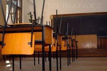 Cursurile suspendate marti! Afla cate scoli au fost inchise in intrega tara