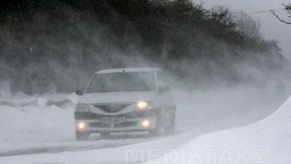 NINSOARE SI VISCOL: Circulatie inchisa pe A2 Bucuresti - Fetesti, Centura Capitalei si pe zeci de drumuri nationale