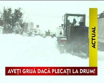 COD PORTOCALIU de ninsori si viscol pentru Bucuresti si 19 judete, incepand cu ora 18:00. Bilantul mortilor a ajuns la 34 de persoane.