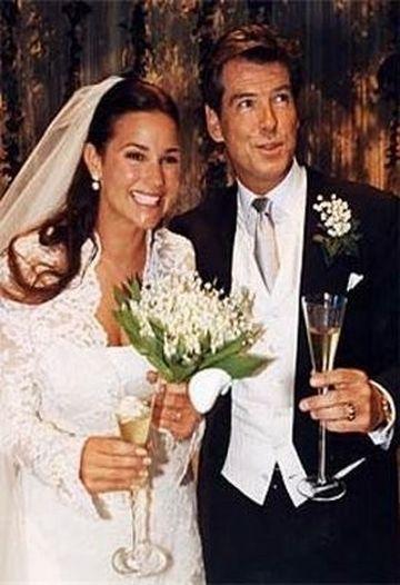 Contrar asteptarilor Pierce Brosnan nu are o sotie perfecta! FOTO