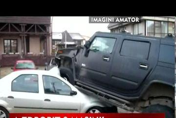 A zdrobit 3 masini si a fugit de la locul accidentului!VIDEO