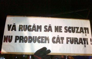 Protestele de amploare, revenirea lui Arafat si lansarea unui satelit romanesc fac topul celor mai populare subiecte de saptamana aceasta!