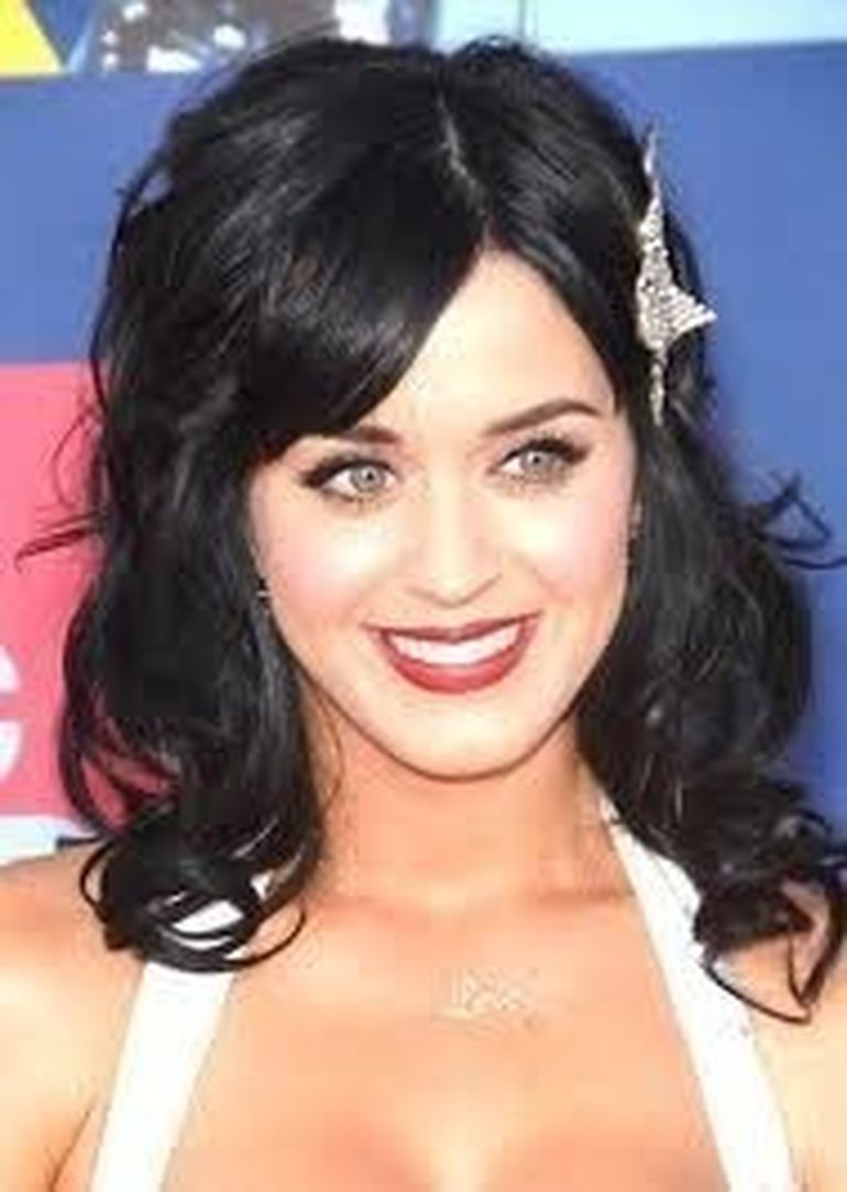 Katy Perry si Russell Brand divorteaza