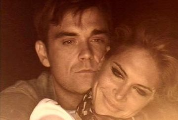 """Robbie Williams: """"As face sex gratis cu Brad Pitt"""". Uite ce suma cere pentru o relatie intima cu un alt barbat!"""