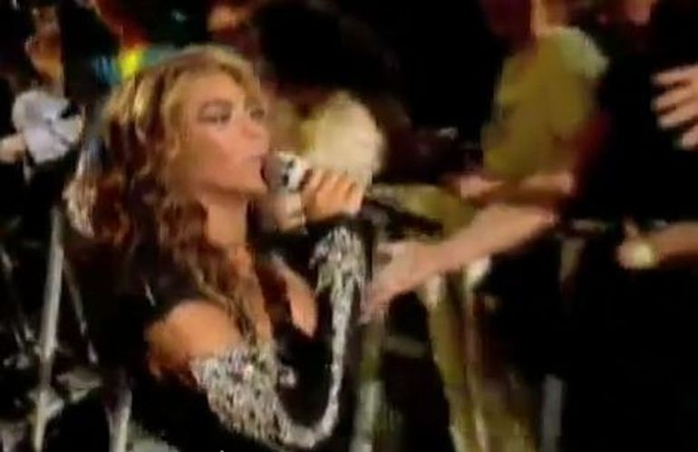 Cele mai tari momente postate pe net ale anului 2011! VIDEO