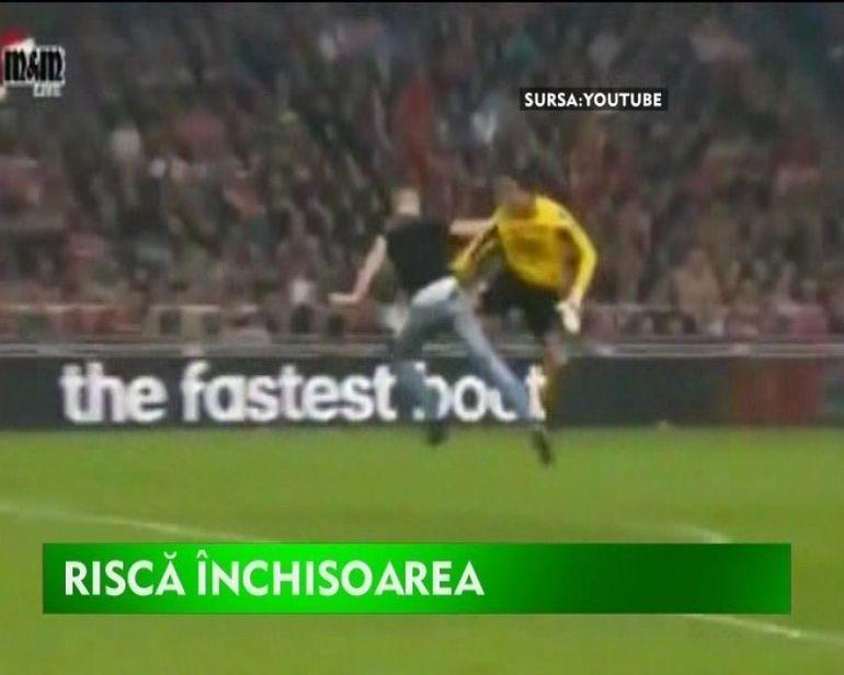 Costaricanul Esteban risca inchisoarea. Iata ce a facut pe terenul de fotbal!VIDEO