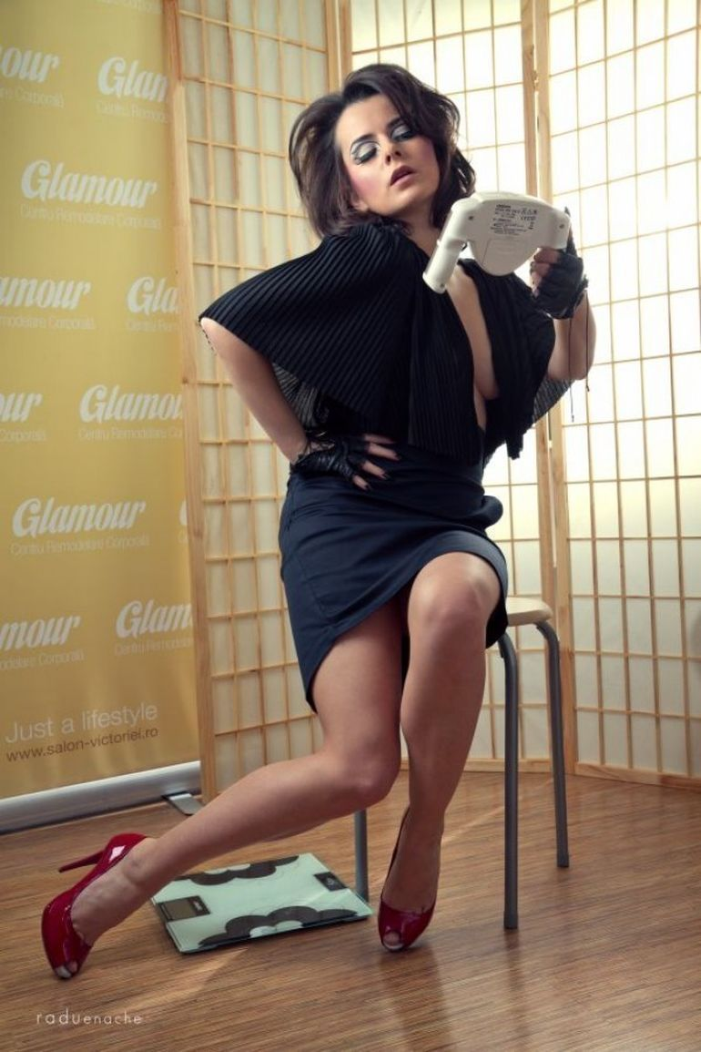 Glamour-Centre Remodelare Corporala si Adina Scurtu prezinta... The Business of Being a Woman