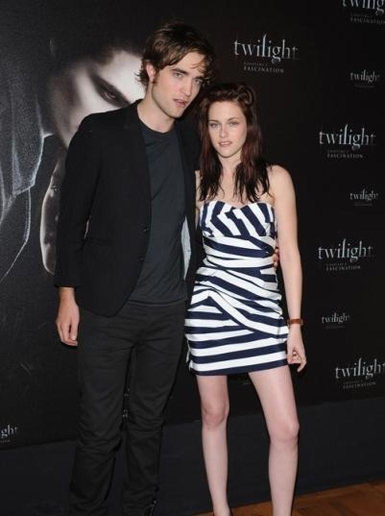 "Robert Pattinson catre Kristen Stewart: ""Nu ma parasi!"""