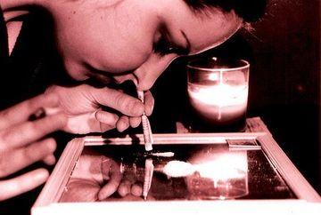 INFIORATOR - Cocaina iti descompune tesuturile! Vezi DOVADA