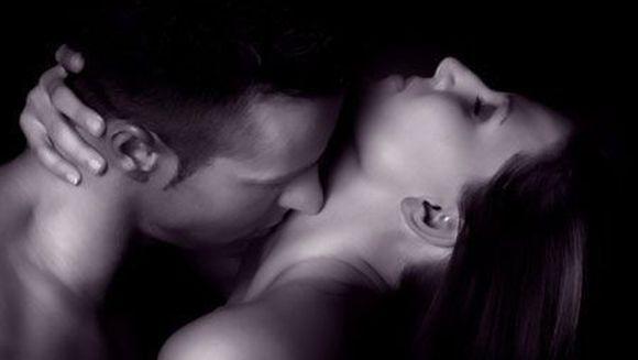 10 cele mai stupide MITURI legate de SEX care iti pot distruge relatia