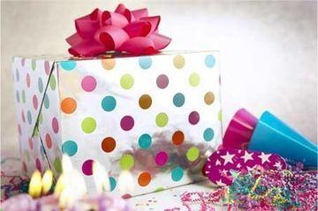 Cadourile nu mai sunt la moda! Uite ce primesc unele persoane de ziua lor de nastere