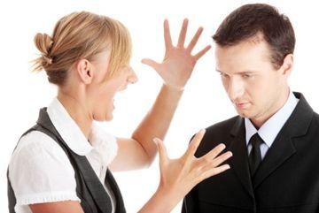 12 greseli pe care le fac femeile cand sunt intr-o relatie
