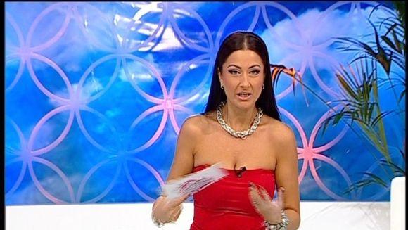 Gabriela Cristea a baut must si a cojit nuci in weekend! Cu cine CREZI ca s-a intalnit prezentatoarea tv