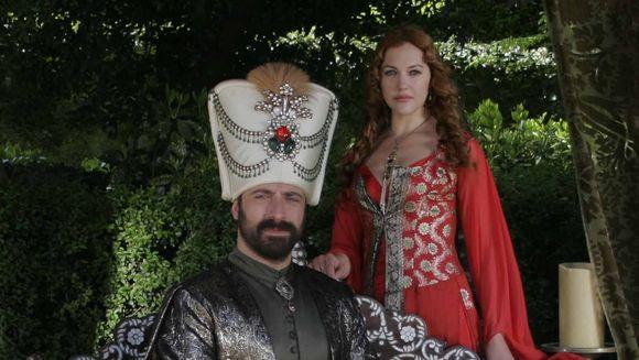 "Kanal D – lider de audienta cu ""Suleyman Magnificul – sub domnia iubirii"" si ""WOWbiz"""