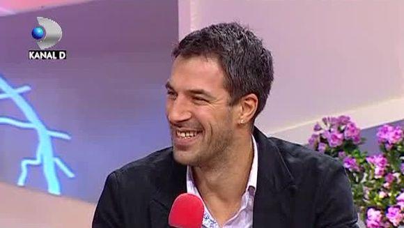 Virgil Stanescu la TEO Show! Cel mai iubit urias din Romania traieste pe picior mare