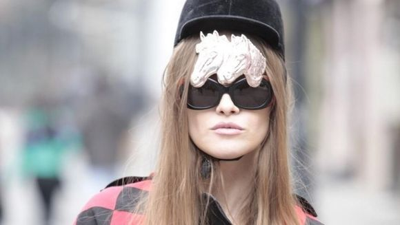 "Iulia Albu - ritualuri de frumusete: ""Imi fac masca cu miere si..."""