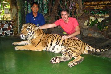 "Ernest, impatimit dupa vacantele departe de ""jungla urbana"": ""Imi doresc sa merg intr-un safari"""