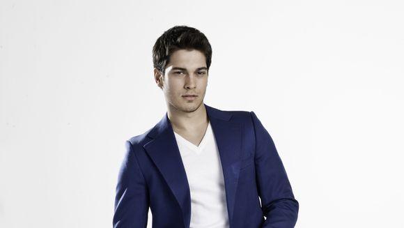 CAGATAY ULUSOY, cel mai bun model al Turciei, aspira la Oscar