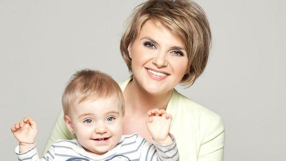 """Fiica Silviei Ionita, pe role la doi ani: """"Este bine sa inveti sa cazi"""""""